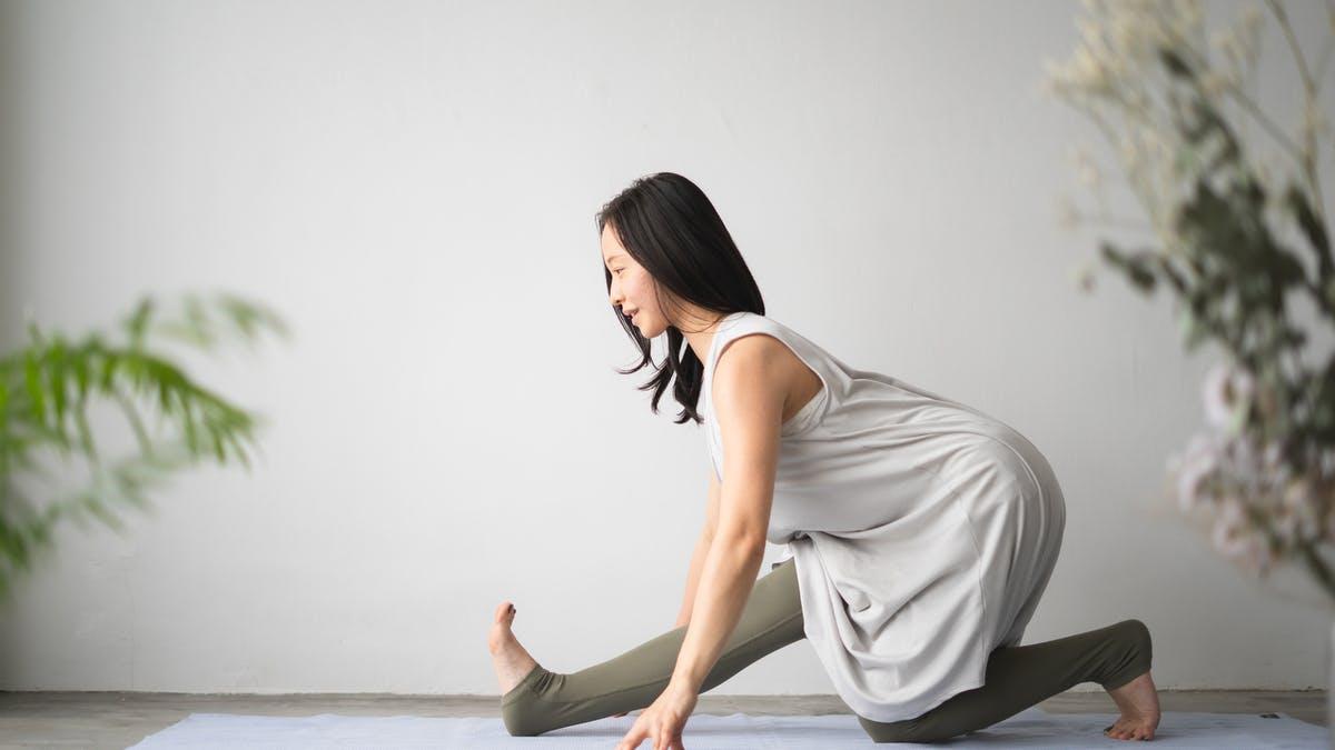 美尻メイク【尻トレヨガ】股関節の動きを整える・腰痛予防にも◎